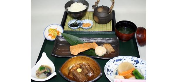 米山SA(下り)「上杉謙信の『一炊の夢』」(1200円)