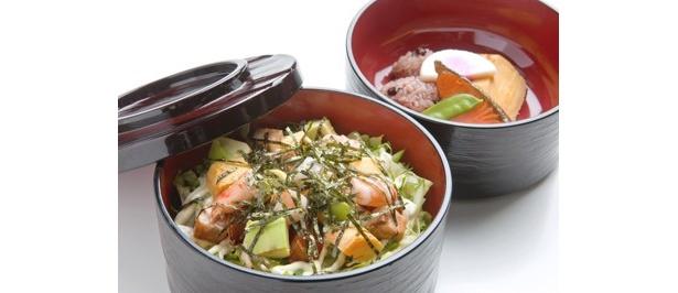 祝 六代目勘九郎襲名 博多幕間麺 ¥880。販売期間は1/21(月)~2/26(火)