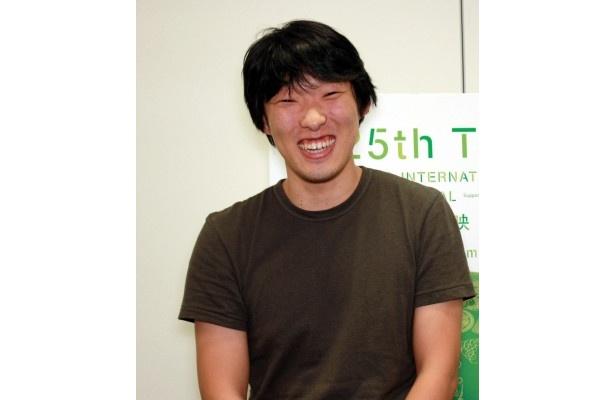 とびきりの笑顔を見せる松江監督