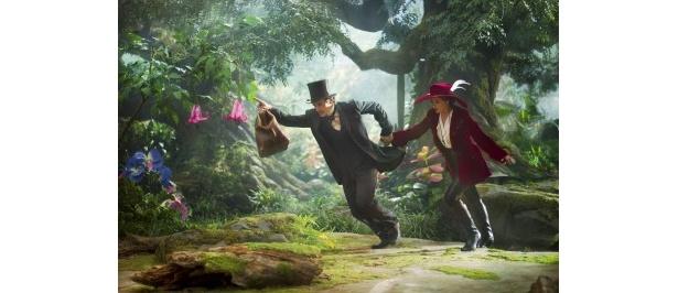偉大なる魔法使いオズの誕生秘話を描き出す