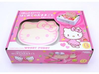 ピンクの水玉ワンピを着たキティちゃんがかわいいパッケージ