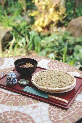 蕎麦カフェ 空庵の「鶏せいろ」(1300円)