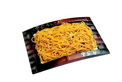 力餅食堂 中崎店の「黄金カレー麺ざる」(550円)