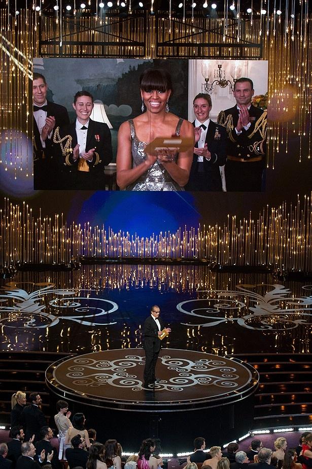 ミシェル・オバマ夫人がスクリーンに登場し、作品賞を発表するというサプライズも