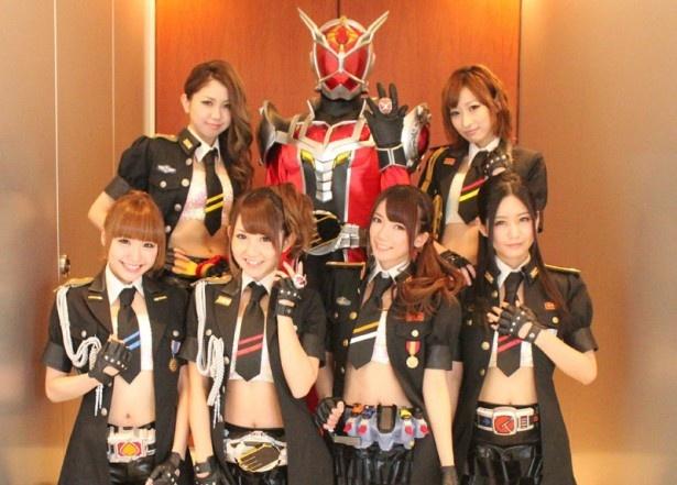 仮面ライダーシリーズ40周年を記念して結成された女の子だけで構成されるライダーユニット