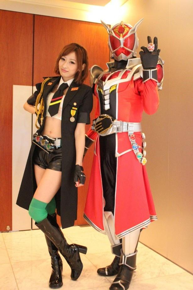 仮面ライダーオーズ担当の井坂仁美。「最近、料理にはまってます」