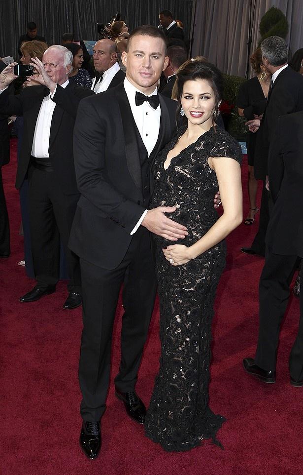 カップルの中で一際輝いていたのは、チャニング・テイタムと妊娠中の妻ジェナ・ディーワン