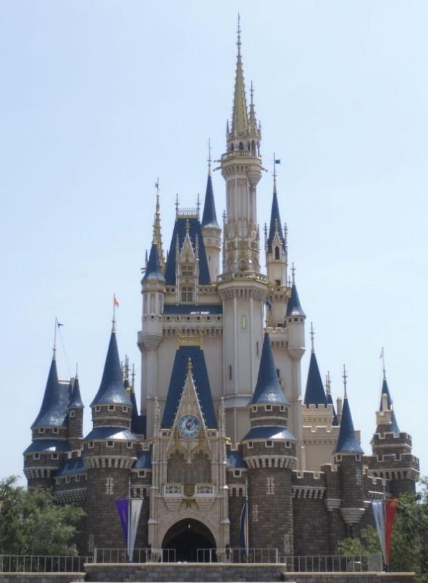東京ディズニーランドと東京ディズニーシーで「首都圏ウィークデースペシャルパスポート」が発売される