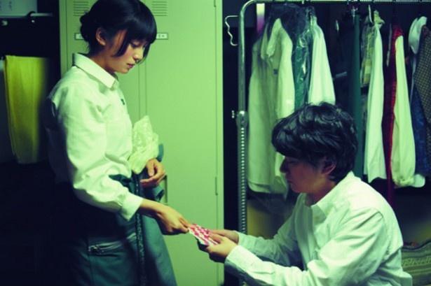 【写真を見る】柴咲コウ演じる恋する乙女すーちゃんがいじらしい!劇中シーンはこちら
