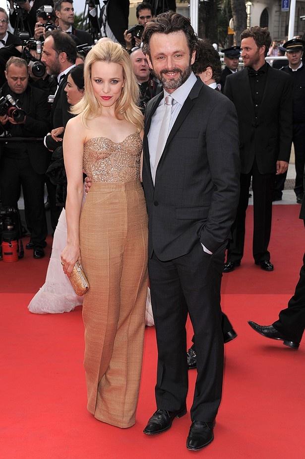 【写真を見る】『ミッドナイト・イン・パリ』の撮影で出会ったレイチェル・マクアダムスとマイケル・シーン