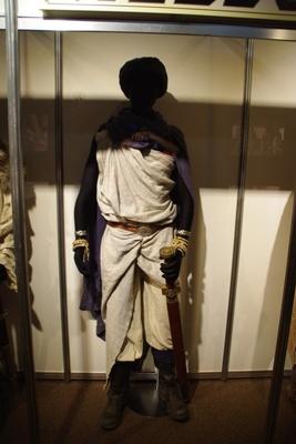 実際にドラマで着用していたヨシヒコの衣装