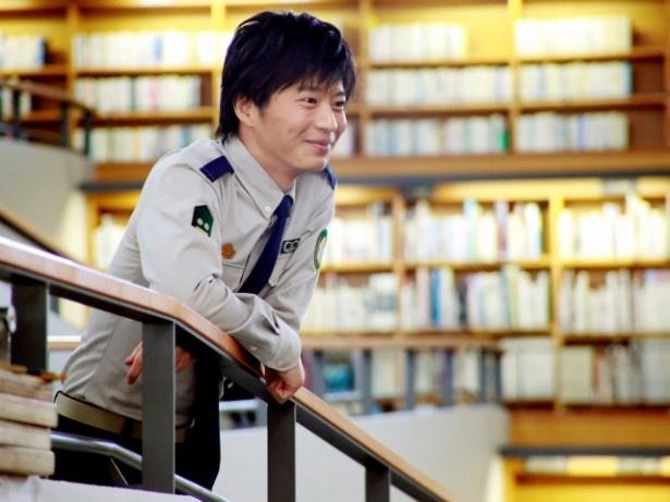 自衛組織・図書隊の小牧幹久を演じる田中圭