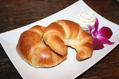 「Muu Muu Diner」ではクロワッサン(600円)にも「ホイップアイス」を添えて提供