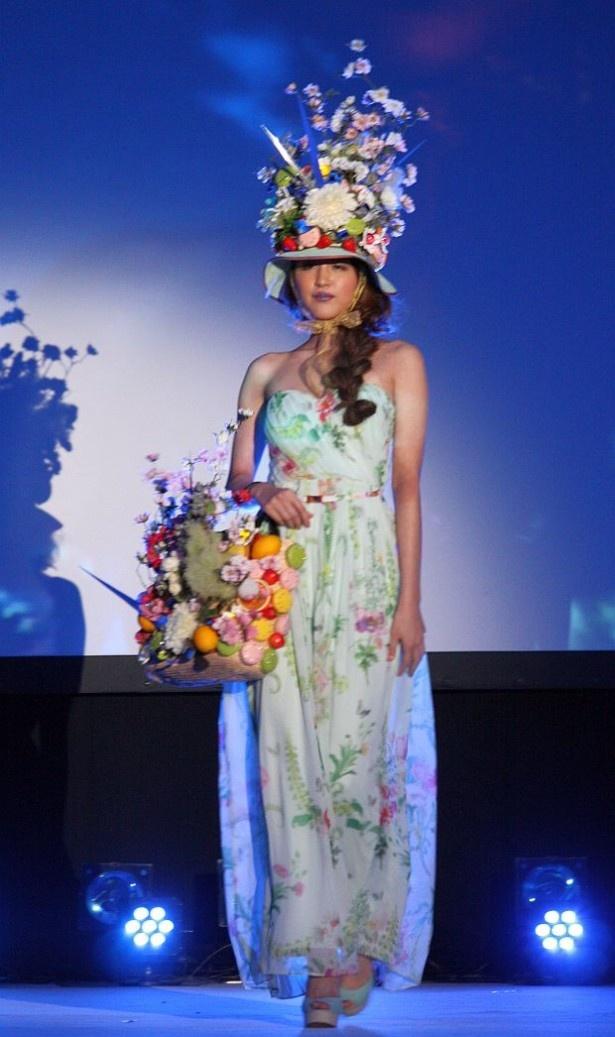 """人気パティシエ考案の""""スイーツファッション"""" 写真17/20"""