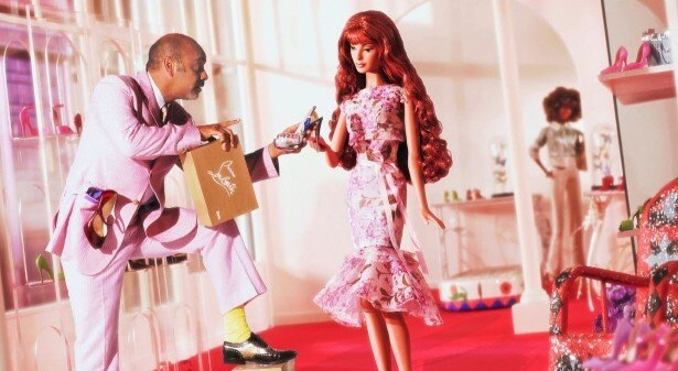 化粧品と並び、大人の女性を象徴するアイテムでもあるハイヒールなど、靴の魅力に迫る
