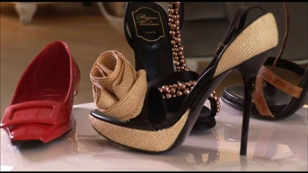 【写真を見る】靴好きにはたまらない!魅惑の靴がこれでもかと登場する