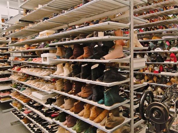 なぜ女性は靴を多く持っているのか?その疑問が明らかに