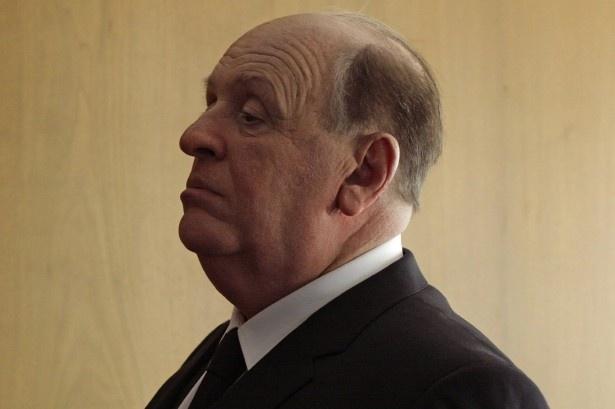 ヒッチコックは自身の名を冠したテレビドラマ「ヒッチコック劇場」で解説としても登場