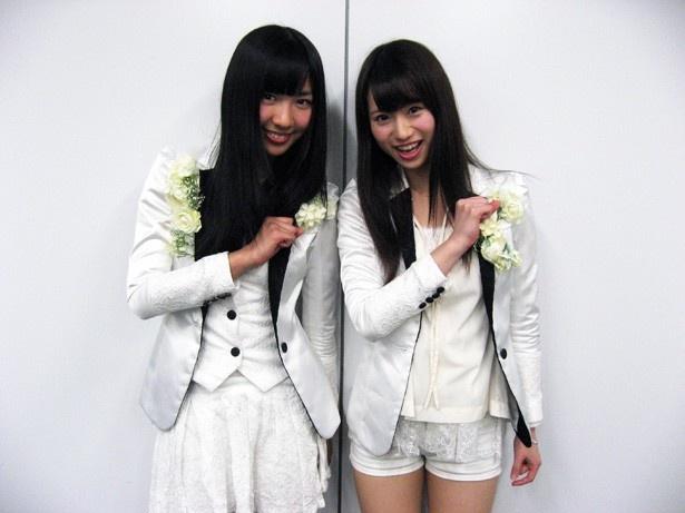 「SUPER☆GiRLS」の溝手るか(左)・後藤彩(右)