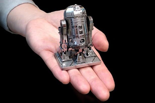 かわいらしいR2-D2を自分で組み立てよう!