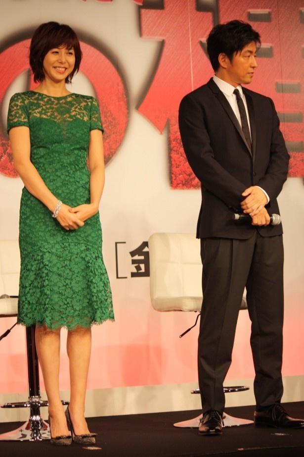 【写真を見る】グリーンのレースのワンピースが素敵だった松嶋菜々子