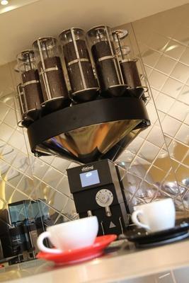 クッチーナブレンドなど全17種類もの豊富なコーヒーメニュー