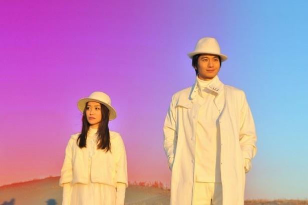 『劇場版 SPEC 結』に出演する向井理、大島優子(左)