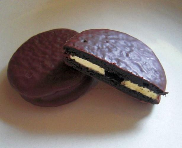 大人の味わい!「世界のチョコパイ紀行」シリーズ第一弾「チョコパイ<NYチーズケーキ>」