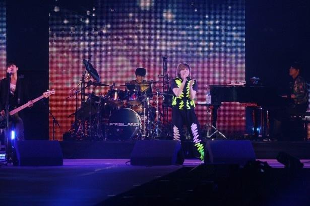 【写真】FTISLANDが「You Are My Life」など3曲でライブのトリを飾る