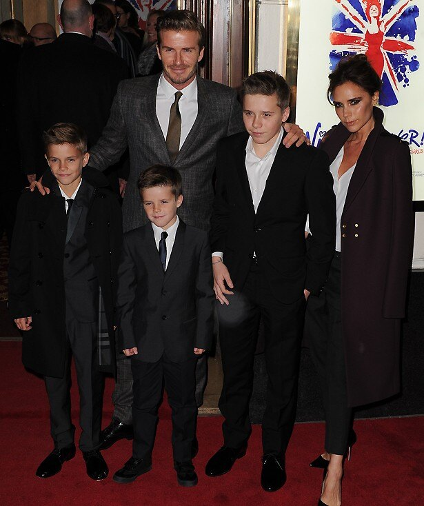 ビクトリアは4人の子供たちに恵まれ、ファッション業界でも成功している