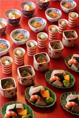 京都の名店木乃婦(きのぶ)の繊細な京料理が味わえる
