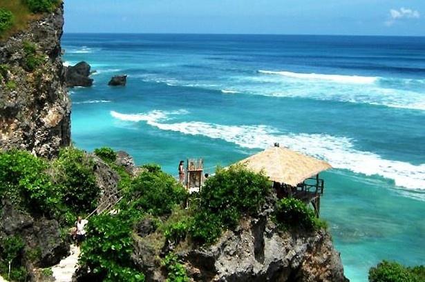 ヌサレンボガン/インドネシア