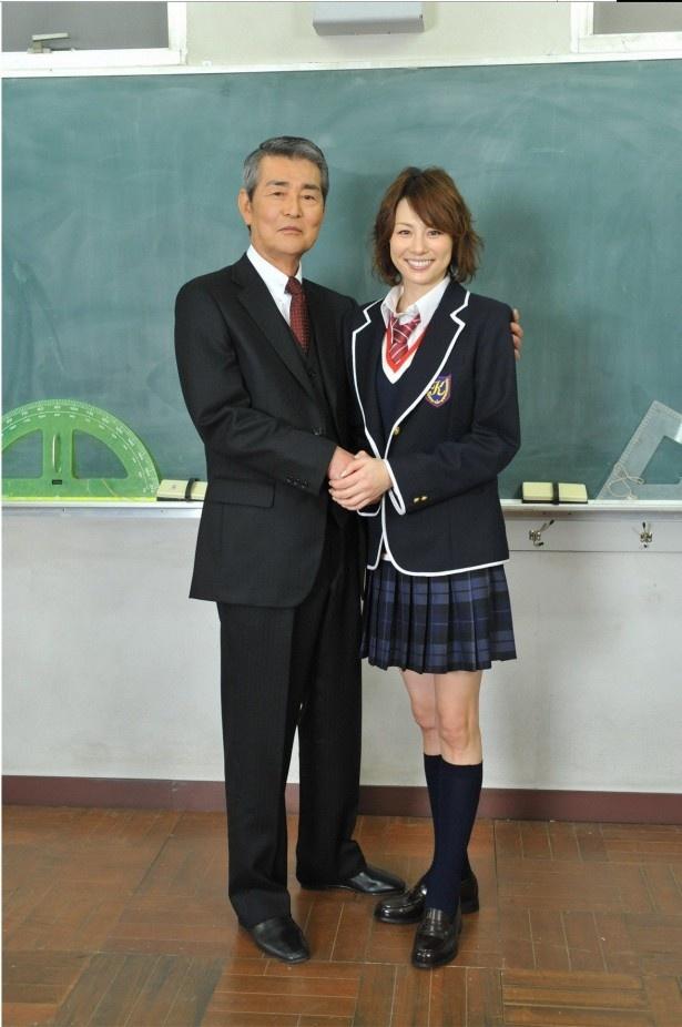 渡哲也「制服姿、とっても似合っています」