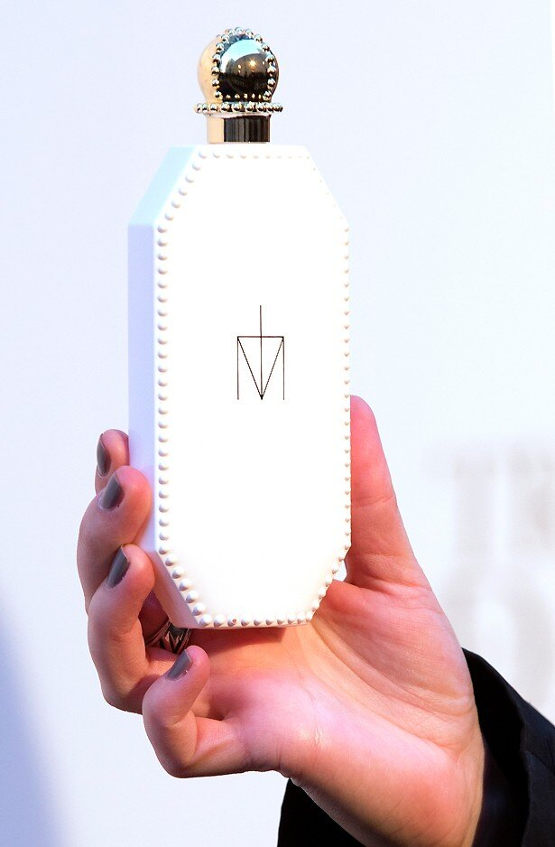 自らプロデュースした香水「Truth or Dare」では6000万ドルを稼いだ