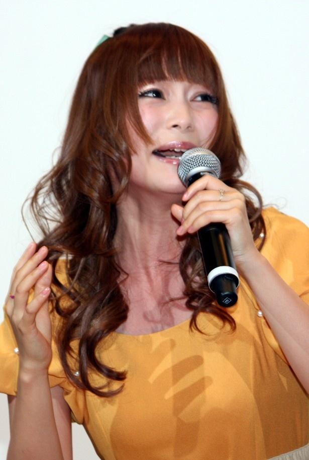 中川翔子、大興奮で感涙!