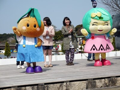 淡路島のゆるキャラによるショーも!