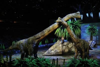 10種類20体の恐竜たちが登場