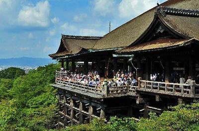 「清水の舞台」でおなじみの清水寺が第1位にランクイン