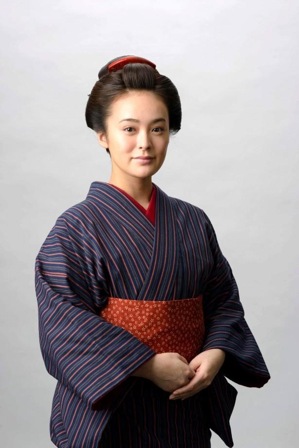大河ドラマ「八重の桜」で八重の親友・高木時尾を演じる貫地谷しほり