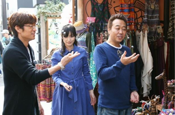 鎌倉でさまざまな店を訪問する