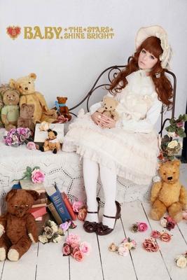 【写真を見る】映画『下妻物語』で深田恭子も着た憧れのブランド服も