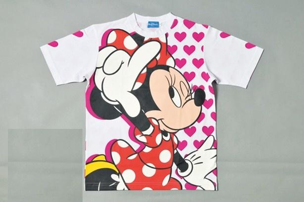ミニーマウスが描かれたTシャツ(1900円)