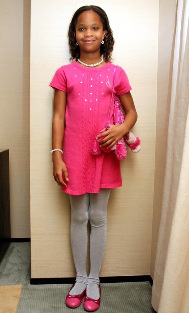 ファッションは大好きという彼女。この日はピンクでコーディネートしていた