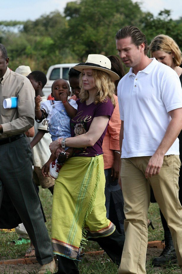 【写真を見る】マラウィのジョイス・バンダ大統領から公然と批判されているマドンナ