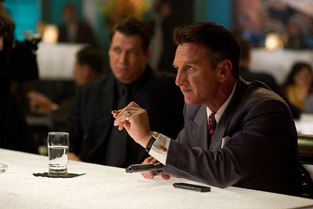 大物ギャングを演じるのは大物俳優でなくてはならない、とルーベン・フライシャー監督が語る