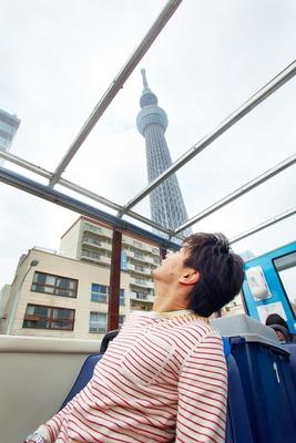 屋根が透明なので東京スカイツリーを色々な角度から楽しめる