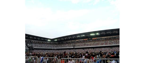 7万人の観客が熱狂した