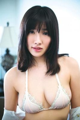 ぷるるん唇、甘いたれ目の女優顔の杏南さん