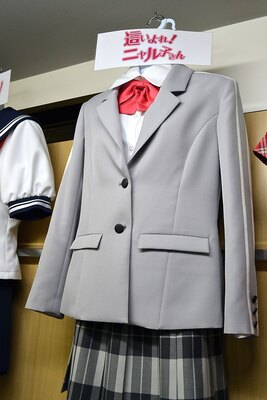 「這いよれ!ニャル子さんW」の制服