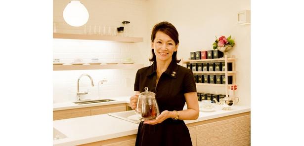 岡田美里さんの紅茶の入れ方実演(予約制・無料)は21(日)13:30〜14:30。予約方法はIKEAと同じ